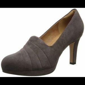 Clark's Delsie Joy Pump Suede Dress Shoes 7